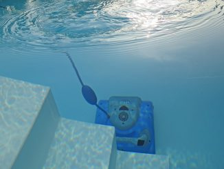 Limpiador de piscinas robot
